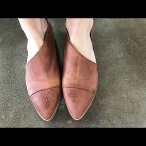 Shoes - Leather flats